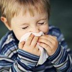 У ребенка заложен нос, чем помочь малышу